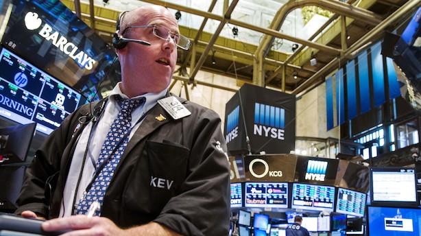 Aktier i USA: Feds sortsyn og svage data skræmte investorerne