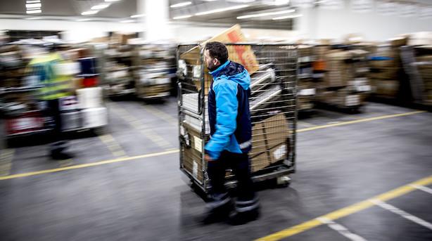 Danskernes faldende brevlyst koster Postnord på bundlinjen