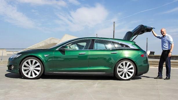 Han bygger Tesla om til en shooting brake