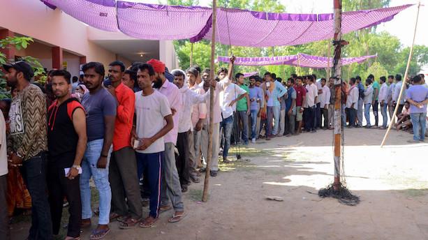 Indien afslutter seks uger lang maratonvalg