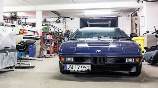 Axel har købt hele fabrikkens lager af reservedele til BMW M1