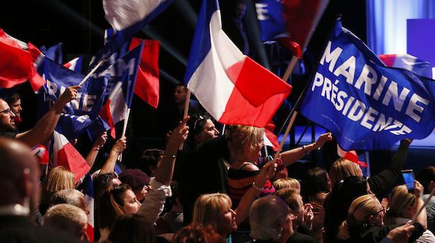 Før fransk valggyser: Virksomheder har plan B klar og pønser på exit fra Paris