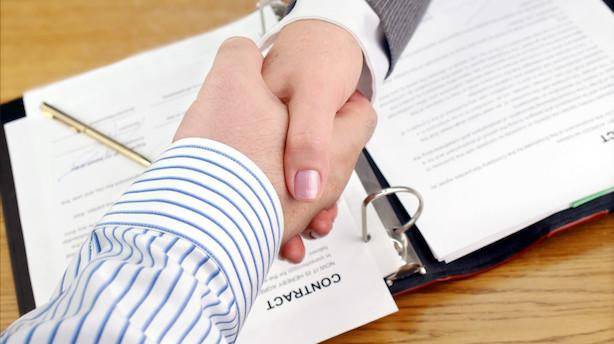Virksomheder må sende ledige stillinger ud af landet