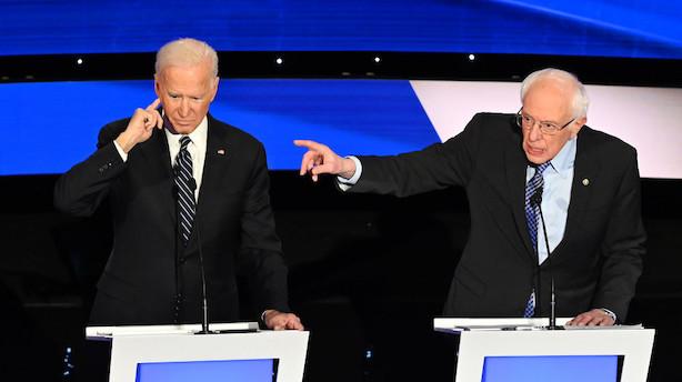 Favoritten Biden bliver angrebet for holdning til Irak-krigen