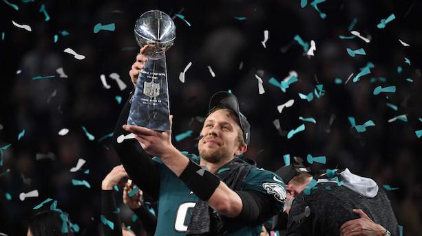 Undertippede Eagles lander holdets første Super Bowl