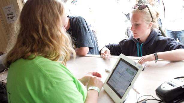 Studerende rejser millioner til smart mobil-ide