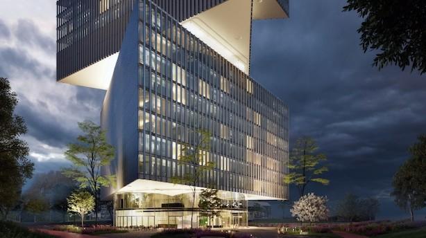 ATP køber sig ind i kæmpehotel i Amsterdam
