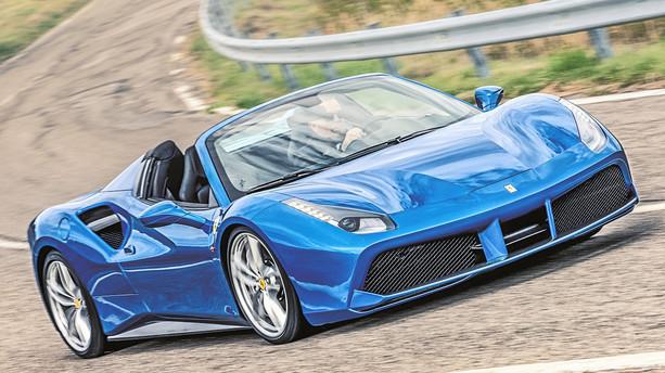 """""""Jeg bliver sjældent skræmt af en gadebil men denne Ferrari..."""""""
