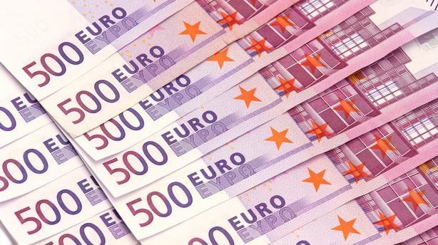 Valuta: Euro presses af ventet ECB-indgreb mens yen-styrke holder