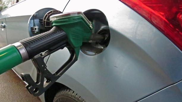 Benzinprisen stiger til højeste niveau i to år efter orkanen Harvey