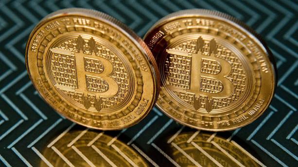 FBI anholder tre mænd for kryptosvindel for 722 millioner
