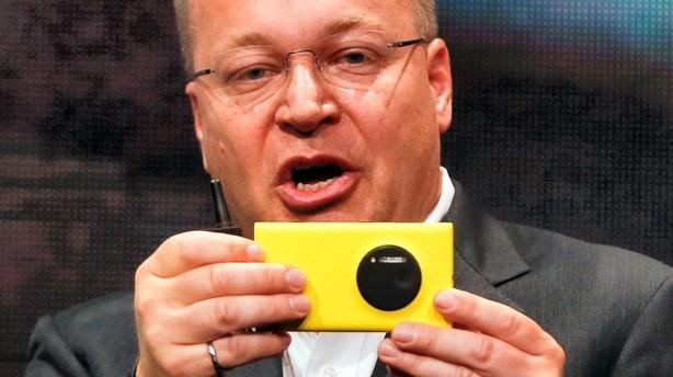 Priskrig på mobiltelefoner presser Nokia