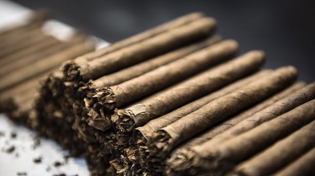 Tobaksaktier sælges til 100 kr. stykket