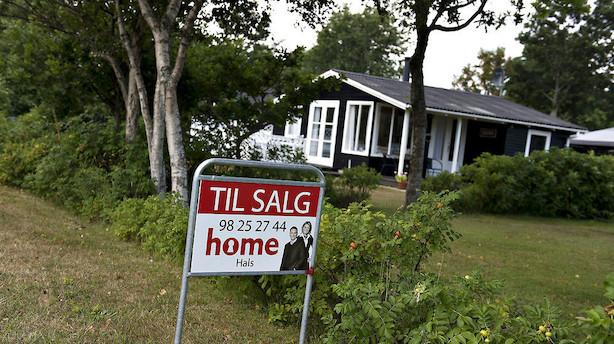 Rekordmange sommerhuse til salg i Danmark