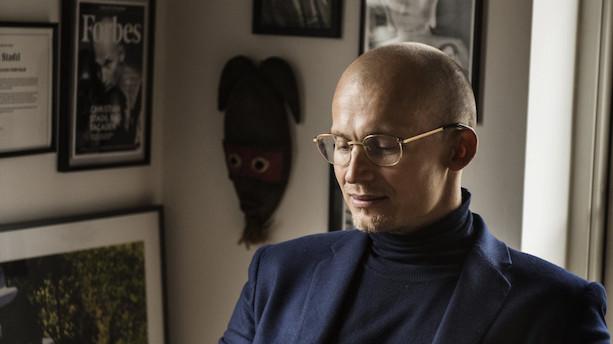 Bortvist direktør skal betale 200.000 kr. efter droppet sag mod Hummel