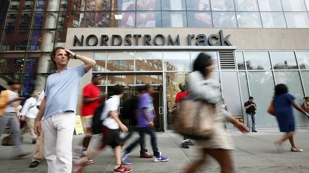 Aktier: Rolig aktiedag i USA trækkes op af Nordstrom