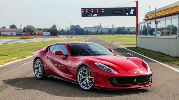 Ferrari præsenterer ny superbil: Kører 0-100 på 2,9 sekunder