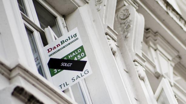 Boligmarkedet bugner med penge - og få boliger at bruge dem på