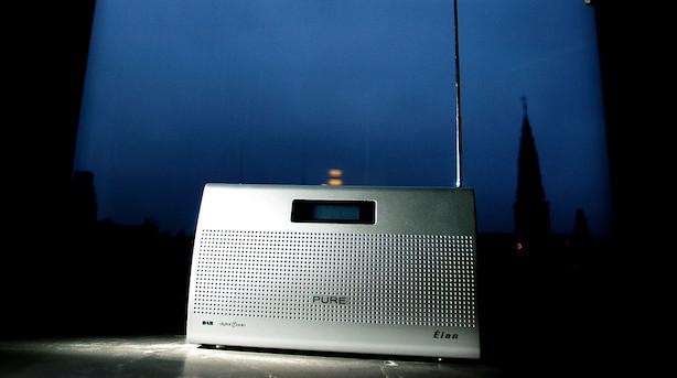 Kun en godkendt ansøgning til en ny FM4-kanal - regionale medier står til at overtage Radio24syvs frekvenser