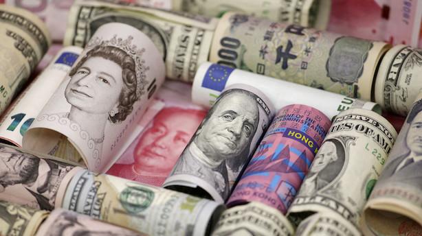 Valuta: Manglende klarhed om brexit fastholder pundet i nedgang