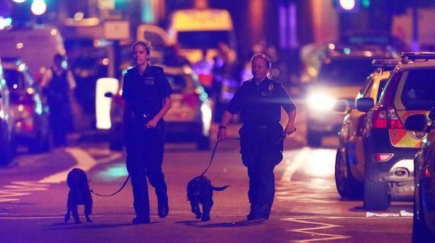 Mens du sov: Varevogn kørte ind i fodgængere i London