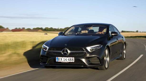 Mercedes CLS overbeviser, men hvad tager du: Diesel eller benzin?