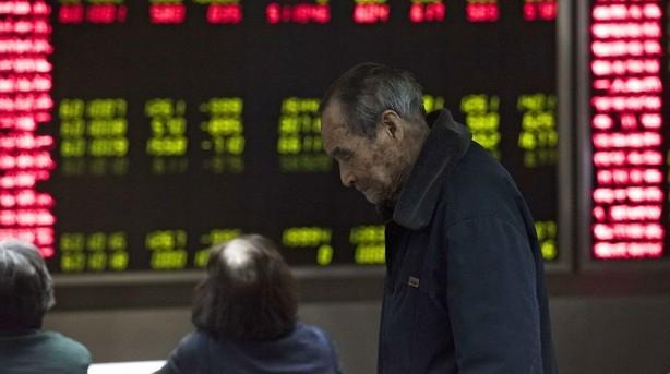 Aktier: Frygten for nedtur spreder sig dagen efter svage Kina-data
