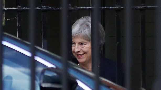 """May banker pundet ned med afvisning af EU's tilbud: """"Det vil være en dårlig aftale"""""""