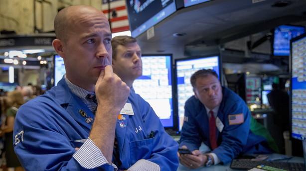 Faldende oliepris og rentemelding fra ECB sendte Wall Street i rødt