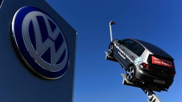 VW henter tidligere BMW-chef til post som bestyrelsesformand