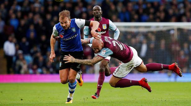 Aston Villa bekræfter interesse i Lyngby-køb