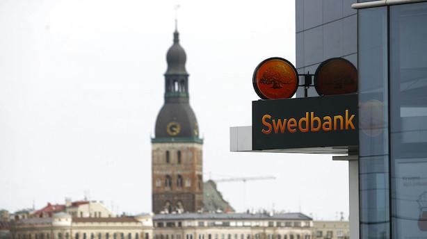 Swedbank løftet af engangsposter og lave nedskrivninger