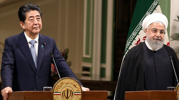 Analyse: Angriber Iran USA-interesser, mens Japons Shinzo Abe forsøger at mægle?