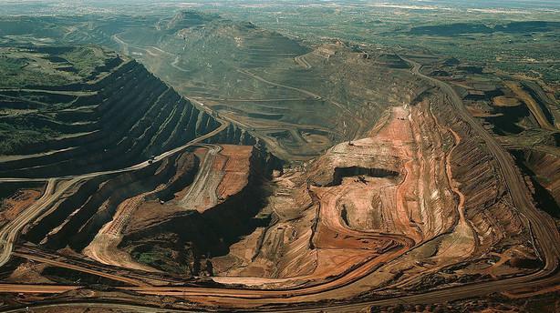 BHP nedjusterer skøn for jernmalmproduktion
