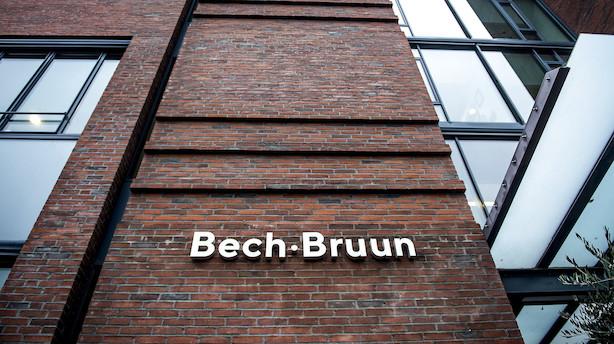 Aarhus Kommune lægger skandaleramte Bech-Bruun på is