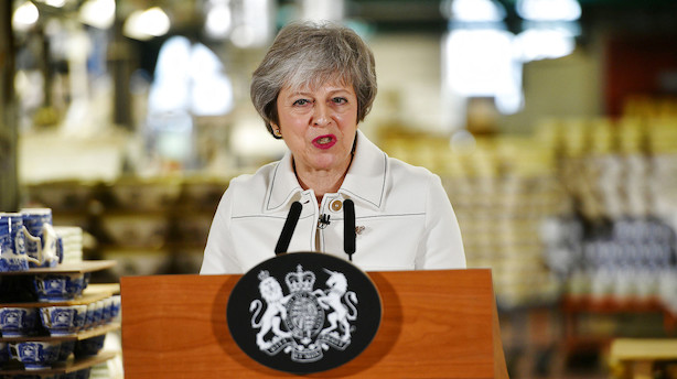 Advarsel fra May: Nej til aftale kan føre til aflysning af brexit