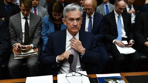 Powell siger klart nej, hvis Trump fyrer ham