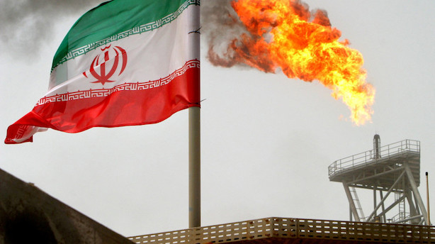 Trods protester genindfører USA hårde sanktioner mod Iran