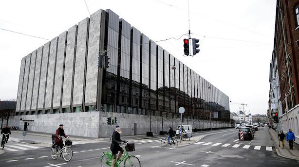 Nationalbanken forsvarede svækket kronekurs igen – cheføkonom ser ikke rentestigning lige forude