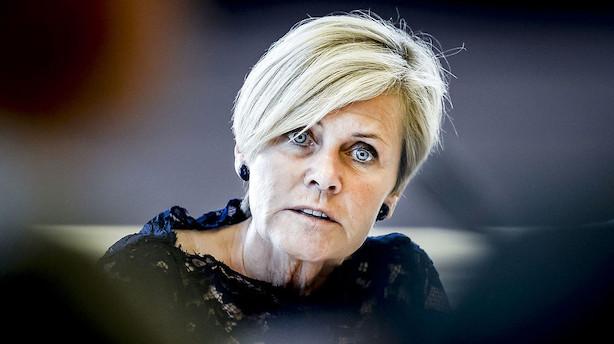Trods DF's nej: Mette Bock opgiver ikke TV2-salg