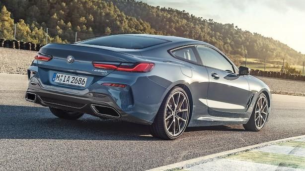 Lav og bred BMW 8-serie med kraftig V8-motor
