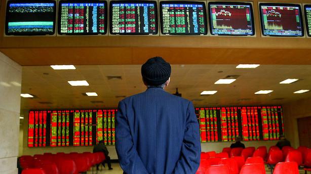 Aktier: Kinesiske aktier trækker fra resten af fjernøsten