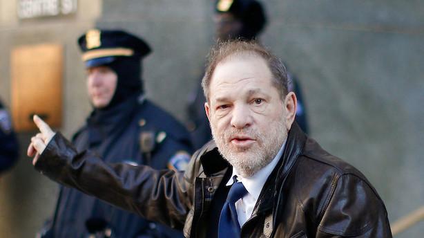 Weinsteins skæbne i voldtægtssag afgøres af fem kvinder og syv mænd