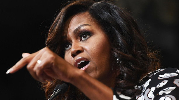 Michelle Obama raser i ny bog over Trumps opførsel