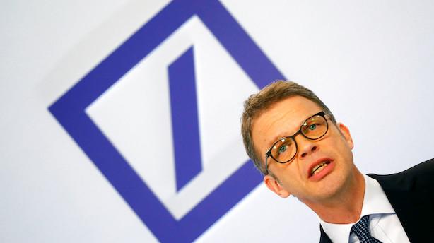 Medie: Myndigheder presser Deutsche Bank-topchef til at droppe dobbeltfunktion