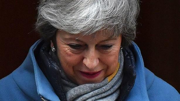Stort flertal i Underhuset stemmer for at udskyde brexit