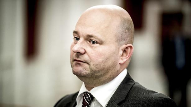 Regeringen vil straffe offentligt sjusk med bøder op til 16 mio. kr.