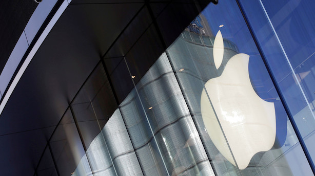 Aktier i USA: Løftet af Feds kapitulation - Apple og chips i top