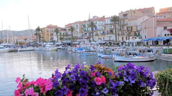Korsika til fods og på hjul