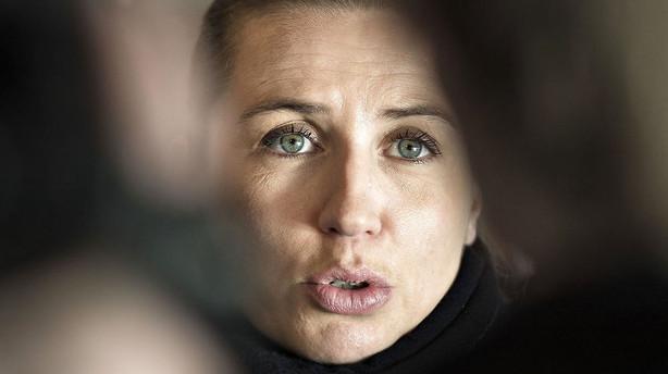 Mette Frederiksen afviser krisem�de med bagland